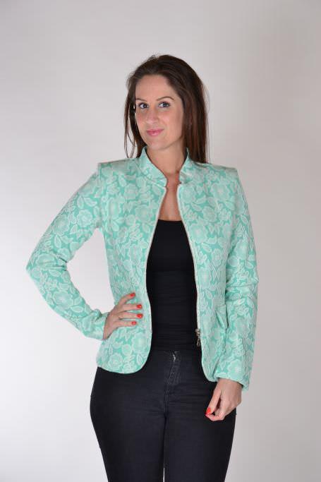 Angelle Milan getailleerde korte blazer groen wit voorkant