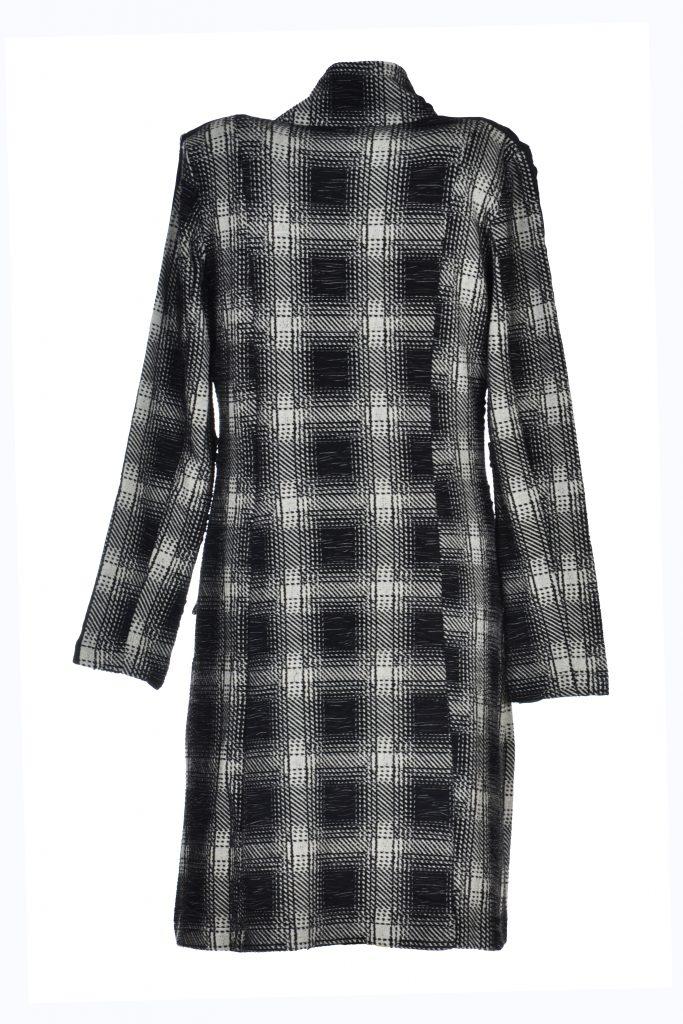 Angelle Milan jas geblokt zwart achterkant