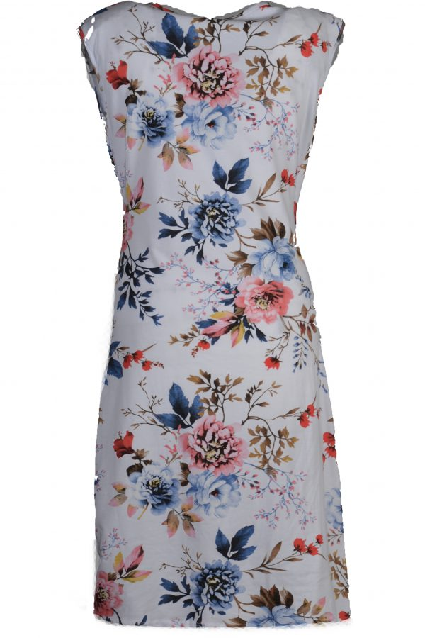 Sensi Wear jurk roze en blauwe bloemen achter