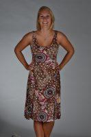 Stella Moretti jurk bruin met cirkels